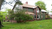 Hillcrest Farm, perfect location- one block from lake placid village/main stree