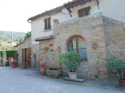 Photo for Apartment Casaghezzi  in Cortona, Arezzo, Cortona and surroundings - 3 persons, 1 bedroom