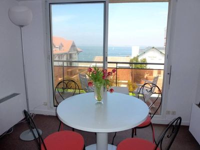 Photo for Beautiful apartment 10 minutes from the center of Arcachon facing the sea - ideally located close to all amenities and 2min from the beach