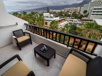 Photo for Delightful townhouse in the heart of Las Americas