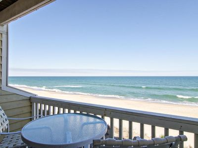 Photo for Beautiful oceanfront condo with resort style amenities