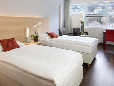 Photo for Double room with bath, WC - Austria Trend Hotel Congress Innsbruck
