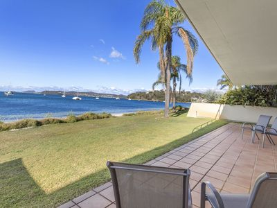 Photo for Absolute waterfront at tranquil Soldiers Point