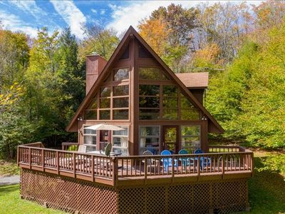 Outdoor Fire Pit, Pool Table & Sleeps 10!  HR13