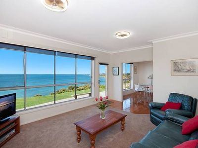 Photo for 2BR Apartment Vacation Rental in Portland, VIC