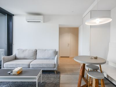 Photo for 2 Bedrooms Apartment in Melbourne CBD