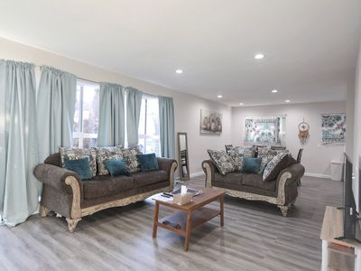 Photo for Beverly Hills Charming Condo with 3BA2BR