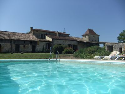 Photo for 4BR Farmhouse Vacation Rental in Tourliac, Nouvelle-Aquitaine