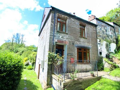 Photo for Stunning cottage with sun trap garden, short drive to Padstow and Wadebridge