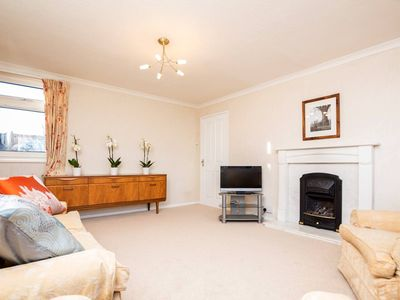 Photo for Bright&Spacious 2 bed Apt in Putney
