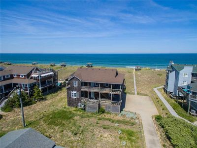 Photo for Four Roses: Historic 6 bedroom, oceanfront with a private pool and hot tub, awesome ocean views!