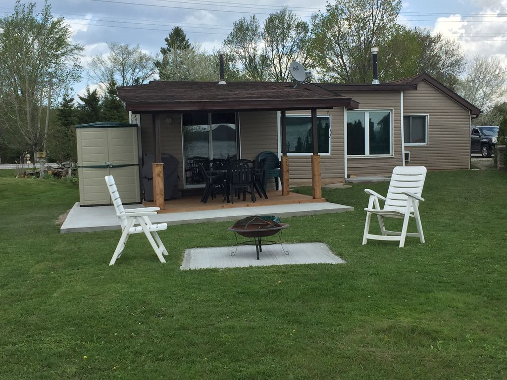 birch ontario rooms cottages rentals lakefield for birchwood resort rent canada cottage the barrie bend in