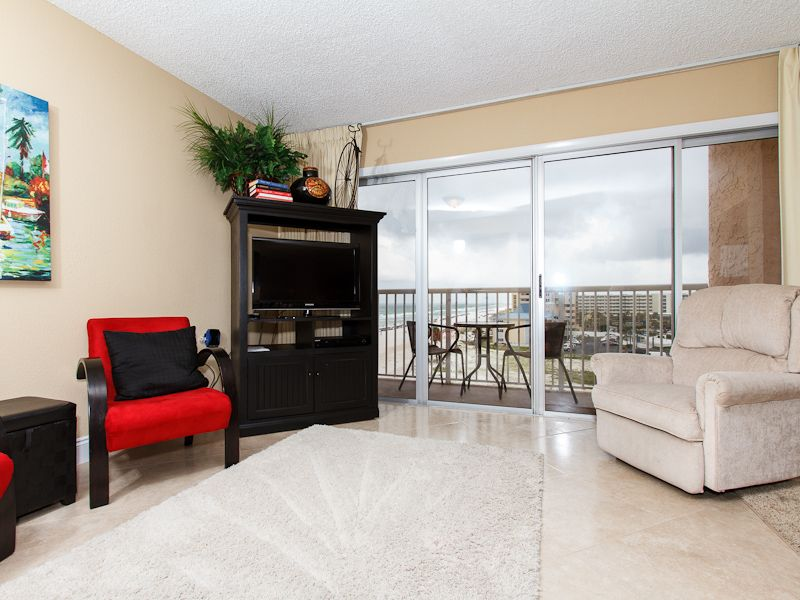 #606: Amazing BEACH-Side Condo ~ FREE Beach Service, Movies, Golf and More!