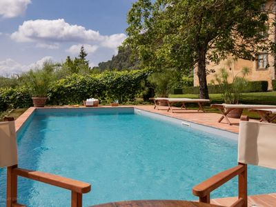 Photo for Relax in the green hills of Lucca ...