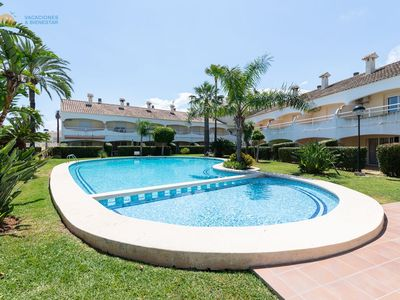 Photo for ESM 15 Walking distance to the beach
