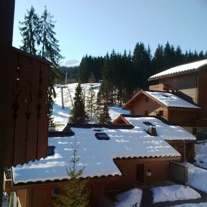 Photo for Spacious, comfortable 3 Bedroom 2 Bathoom Apartment  - with views over slopes .