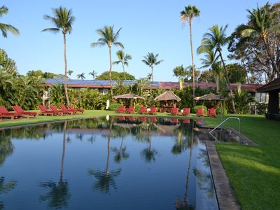 Photo for Lahaina, Maui - 2 Blocks to Front Street! Free Wifi and AC in bedroom