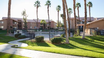 Photo for Beautiful 1 BR Paradise in Palm Desert area - near Coachella / Stagecoach / BNP