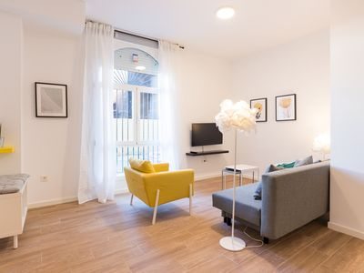 Photo for New Center Life apartment in Centro with WiFi & air conditioning.