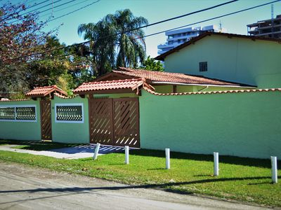 Photo for Large house with 5 bedrooms and pool 50 meters from the beach Indaiá