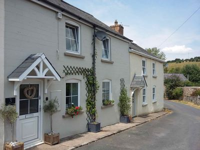Photo for Delightful cottage set in the pretty village of Clearwell, Forest of Dean.