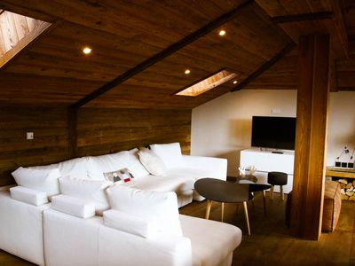 Photo for Newly renovated chalet, 100m from the Super Châtel gondola