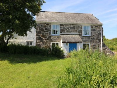 Photo for KITTS COTTAGE, pet friendly, with open fire in Redruth, Ref 982328