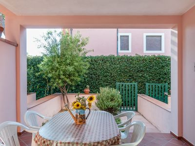 Photo for Centrally Located with Terrace and Garden - Apartment Golfo 6