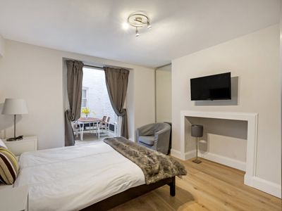 Photo for 2 Bedroom 2 Bathroom with Patio Moment walking from Paddington Station