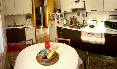 Photo for Owner run. Super Bright Apartment in a free-standing building Downtown Venice