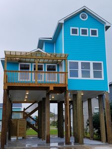 New Construction!!!! Close To Fishing, Resturants, Shopping And The Beach