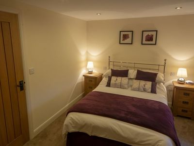 Photo for The Farriers Sleeps 5 (2 Bedrooms)Converted Barn with access to  High Peak Trail
