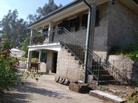 A great property in the beautiful Portuguese countryside. I would thoroughly recommend Casa de Mata.