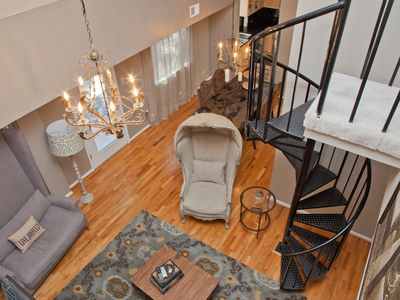 Photo for Enjoy Accommodations For 9+ In The Heart Of Downtown Austin Texas