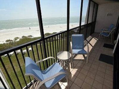 Photo for Gulf front one bedroom condominium with prime beach frontage PLUS $100+ Exclusive Beach Resort Disco