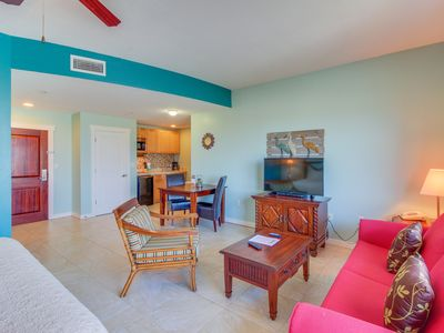 Photo for Studio w/ pool, hot tub, & fitness room - walk to the beach! Couples retreat!