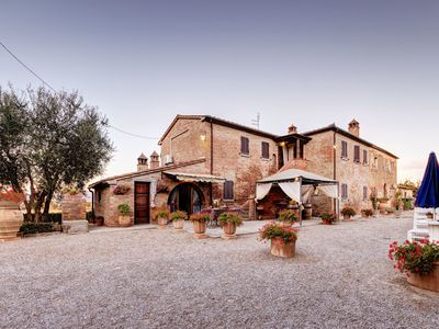 Photo for Stunning private villa with WIFI, A/C, private pool, TV, panoramic view, parking, close to Cortona