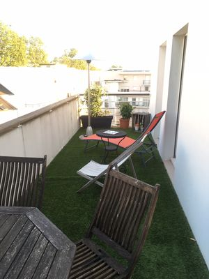 Photo for Quiet and central apartment 80m², waterfront