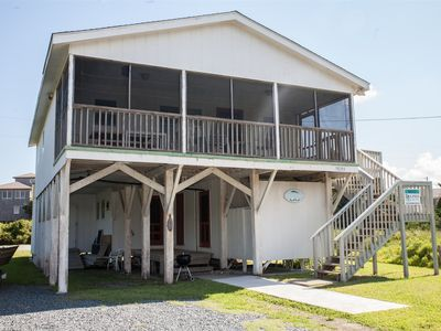 Lilly's Pad is a Classic Beach Box in Hatteras located one back from the beach!
