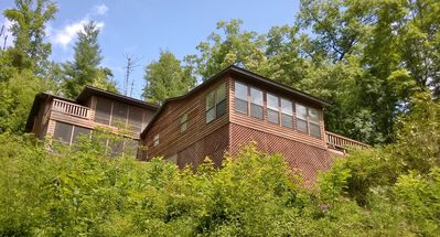 Photo for Spacious, Secluded Lake Retreat, Hot tub,