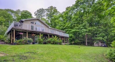 Photo for 4BR House Vacation Rental in Huntsville, ON