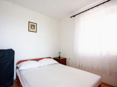 Photo for Studio flat with air-conditioning Gradac, Makarska (AS-5198-c)