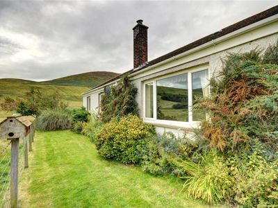 Photo for 3BR Cottage Vacation Rental in Kirknewton