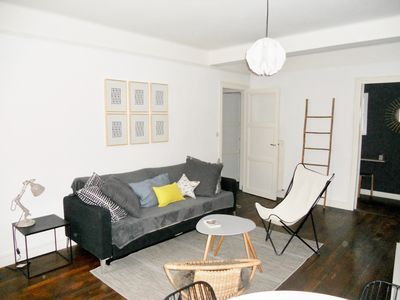 Photo for T2 bright near the beaches. Free parking, linen and wifi!