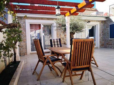 Photo for Holiday apartment Betina for 2 - 4 persons with 1 bedroom - Holiday apartment in a villa