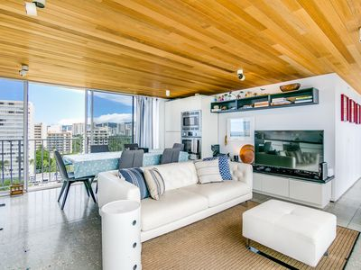 Photo for Free Parking & True Top Floor Penthouse Residence with 360 Degree Views