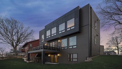 Photo for Lakefront Luxury - In Mound