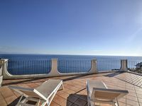 An absolutely stunning view from the terrace, a very nice house and an extremely service