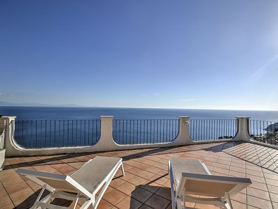 Photo for Villa Arcangela A: A characteristic and welcoming independent house located on a hillside, facing the sea.