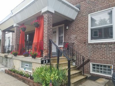 Photo for Historic Germantown, 3BR, 5 beds, sleeps 10